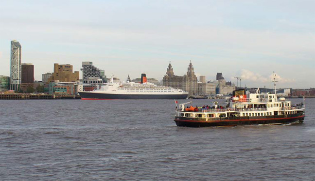 Process Servers Liverpool - Queen Elizabeth 2 final visit